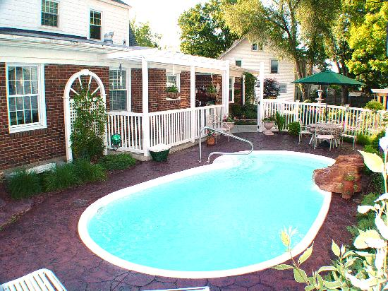 Prairieside Suites: Enjoy a dip in our pool