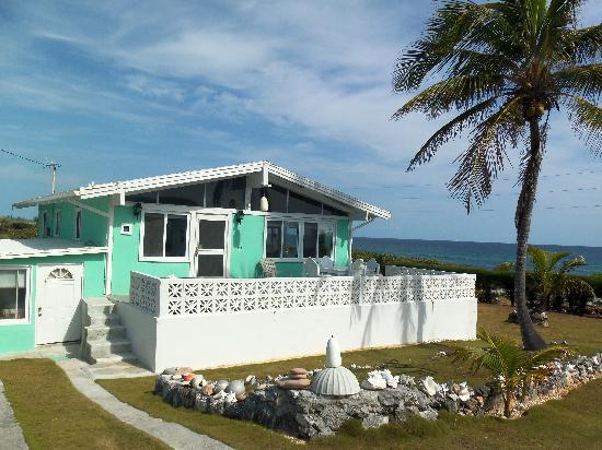 Seaglass Cottage and ocean view