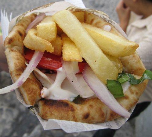 El Greco Taverna: vegetarian pita