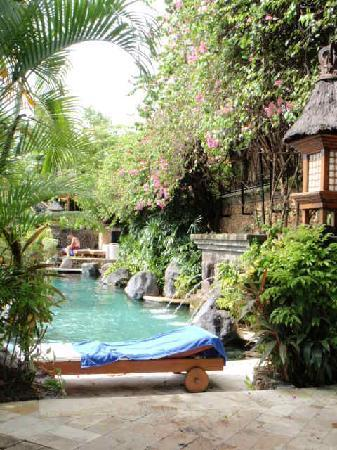 Poppies Bali: Swimming pool