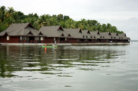 Kollam, Indien: Resorts by the Backwaters