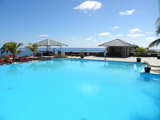 La piscine picture of pointe venus hotel rodrigues for La piscine review