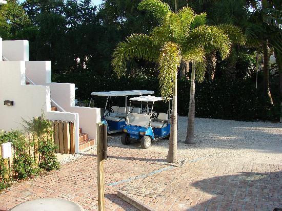 Boca Grande Village Inn: our golf cart parked right outside