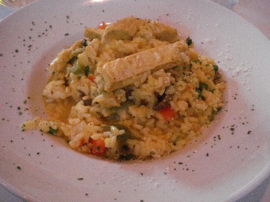 Risotto's : Risotto Dish (bell pepper, mushrooms, onion, carrot, chicken)