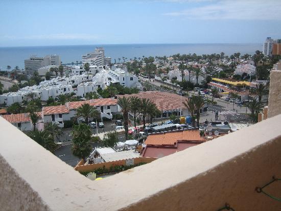 Vistas desde el balcon picture of apartamentos caribe for Apartamento caribe tenerife