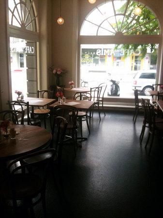 Cafe Des Amis