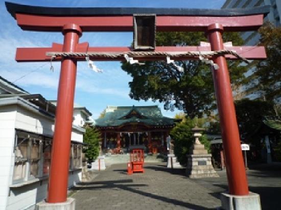 Ota, Japan: 穴守稲荷