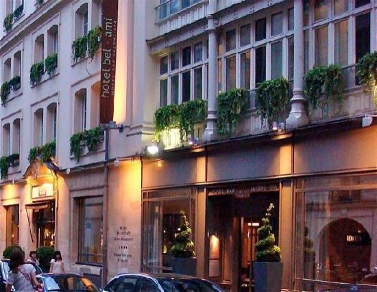 entrada del hotel picture of bel ami hotel paris tripadvisor. Black Bedroom Furniture Sets. Home Design Ideas