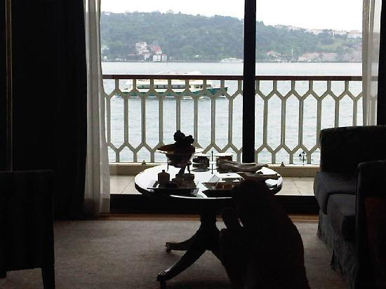 Ciragan Palace Kempinski Istanbul: taken from the bed