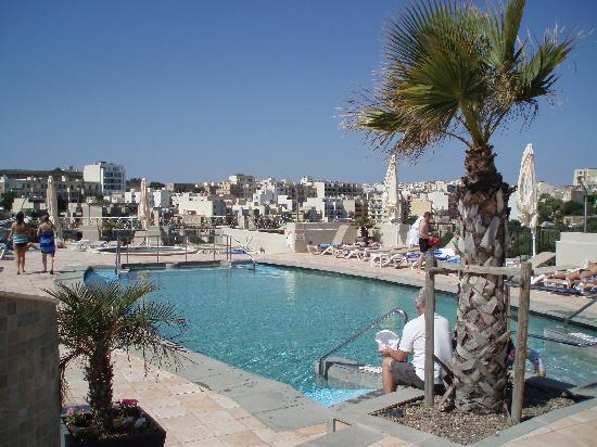 Small Roof Top Pool Picture Of Le Meridien St Julians