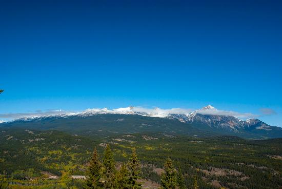 Jasper SkyTram: view of British Columbia mountain ranges from top of Jasper Tramway