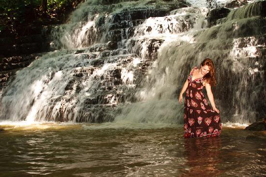 Waterfall Villas: Guest at the Falls