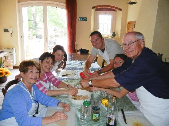 San Gimignano, Italy: Our class at work