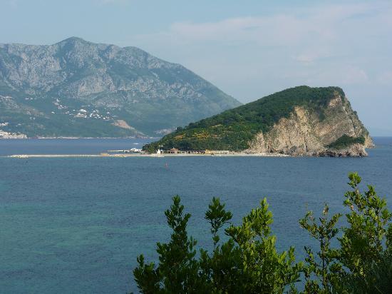 Avala Resort & Villas : Beautiful Little Island off the Coast