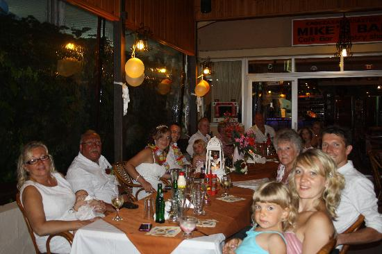 Tholos, Grecia: a good night was had by all