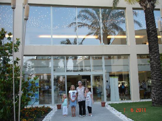 TUI Family Life Tropical Resort: Hotel Tropical, May 2011