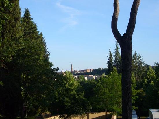 Camping Siena Colleverde: Aussicht von den Zeltplätzen