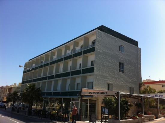 Sea View Hotel: hotel front