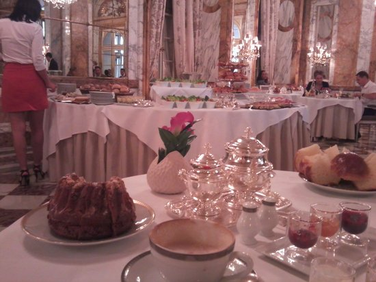 Hotel de Crillon: les ambassadeurs 28th May 1