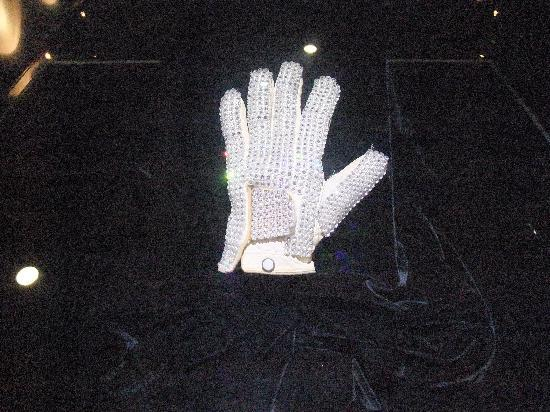 The Michael Jackson Gallery: 手袋