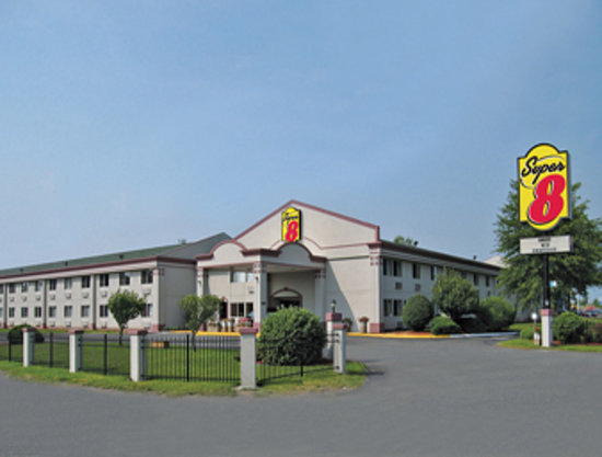 Super 8 Hartford / Windsor: Super 8 Hartford, CT