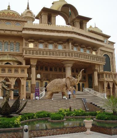 คุร์เคาน์, อินเดีย: Kingdom of Dreams