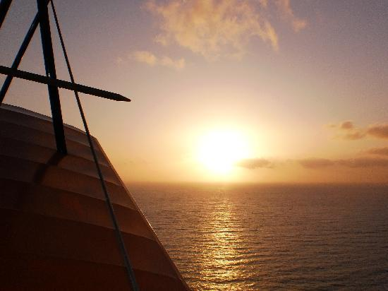 Barnstorming Adventures: Sun setting on the Pacific