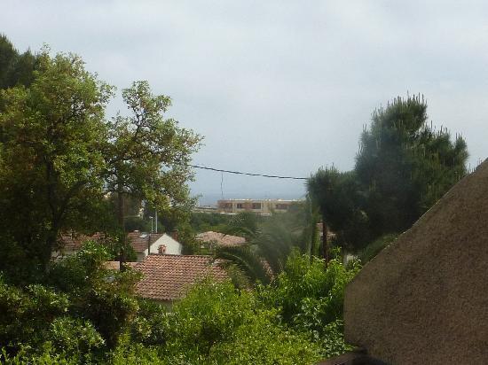 Hotel La Parenthese : Une vue à partir de la terrasse