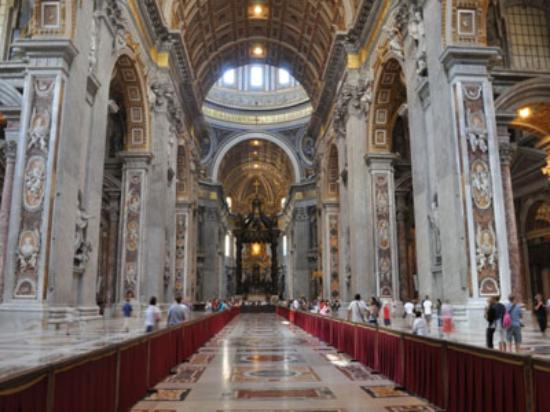 Roman Travels - Private Day Tours: Inside St. Peter's Basilica