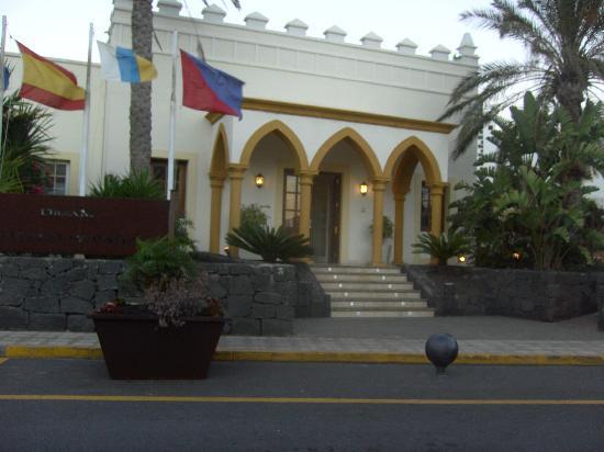 Gran Castillo Tagoro Family & Fun: front of hotel