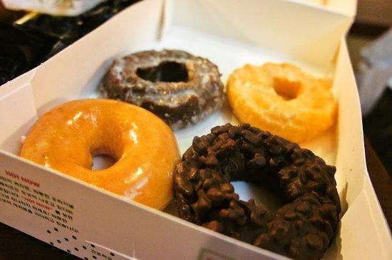 Krispy Kreme Doughnuts Myeongdong: 購入したものです