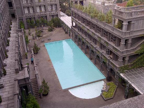 โรงแรมจีเอช ยูนิเวอร์แซล: Pool