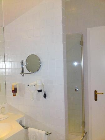 شتاينبيرجر جراند هوتل بطرسبرج: Bathroom