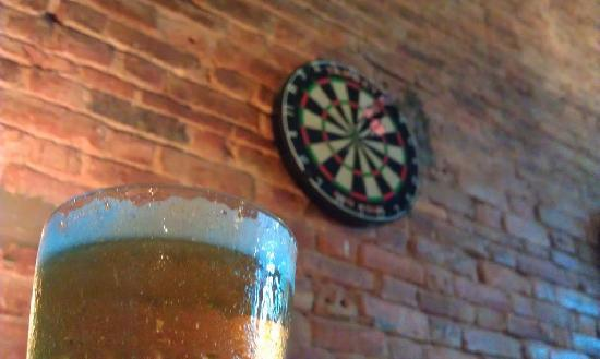 Canopee: Beer and darts