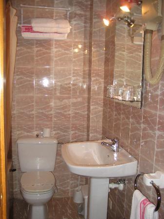 El Capitán Hotel: Baño Hab. triple