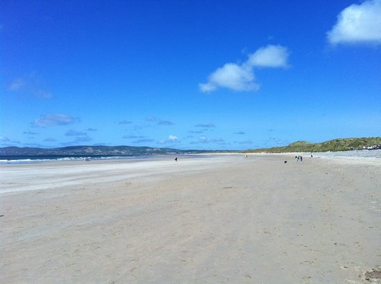 Banna Strand: what a day for a walk :-)