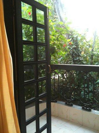 Vila Goesa Beach Resort: Balcony