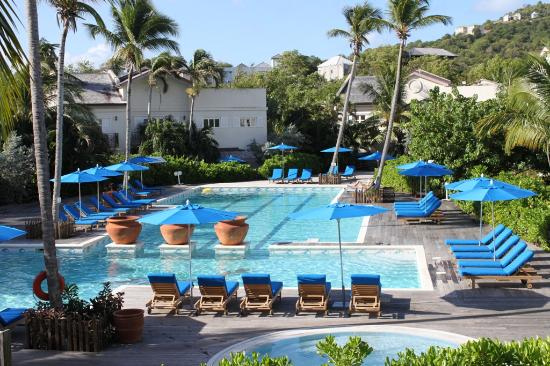 Cotton Bay Village: Chill out out at the main pool