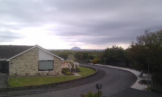 Fairways Bed & Breakfast: The stunning view from our room