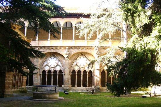 Monasterio de Veruela: vista del claustro