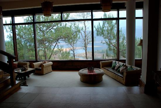 Ri Kynjai: Hotel Decor