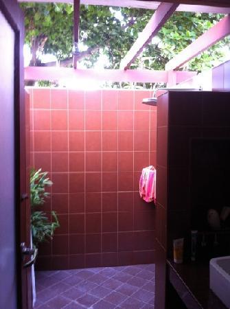 Promtsuk Buri : die Open-Air-Dusche