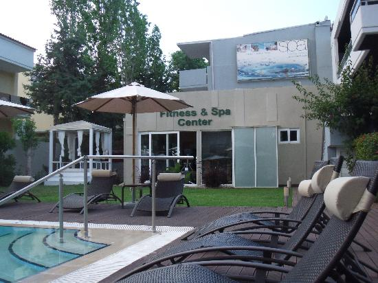 K Boutique Hotel: Sun loungers
