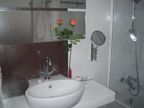 K Boutique Hotel: Bathroom