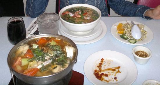 Vietnamese Cuisine: Zuppa di pesce gatto.