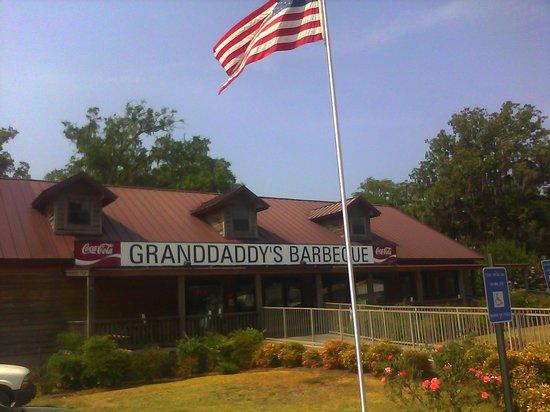 Granddaddy's Barbeque: Granddaddy's BBQ Thomasville GA