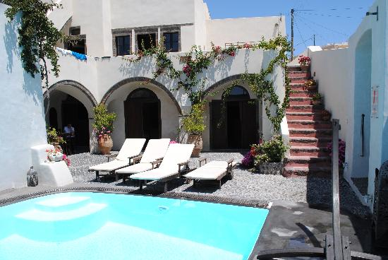 Villas and Mansions of Santorini: villa