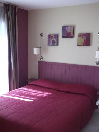 Excelsuites Hotel - Residence: Bedroom