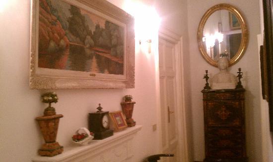 โรงแรมแอนติคควาโรมา: Hallway