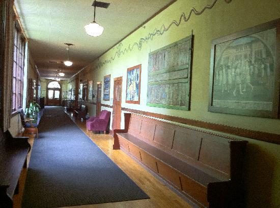Mcmenamins Kennedy School One Of The Halls Former